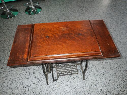 Vintage WHEELER & WILSON W9 Treadle Sewing Machine CABINET Top w/ Ornate Hinges