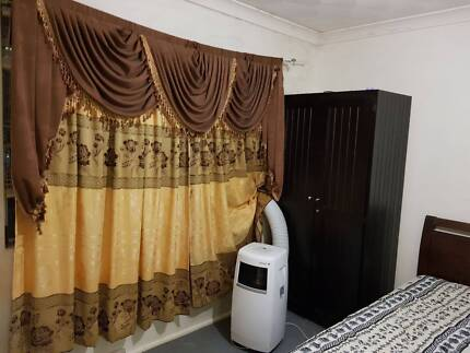3 bedroom Unit for rent lakemba