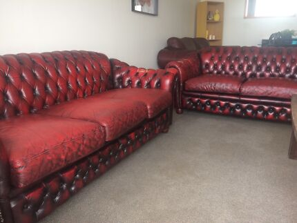 2x Chesterfield Leather Couches