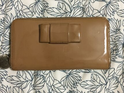 Witchery patent leather nude purse or clutch Alderley Brisbane North West Preview