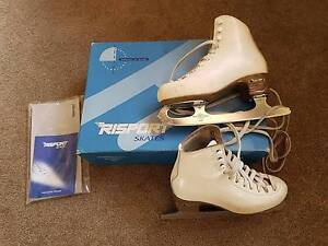 Risport Figure Skates - Italian Made - EUR220 (Size 5) Bicton Melville Area Preview