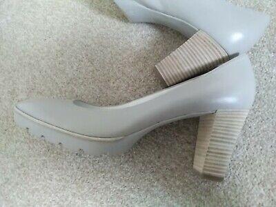 Ladies Hogl Shoes Size 7.5