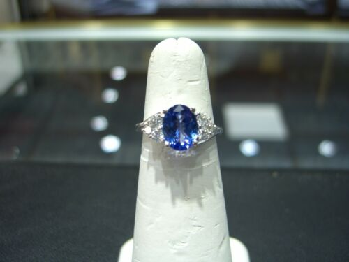 Diamond And Tanzanite Ring 14 Karat White Gold Hand Made 3.00 Carat Size 6.0 New