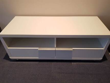Large White Gloss Entertainment TV Unit RRP $700 from Freedom