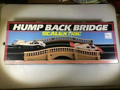 1/32 Hornby Scalextric Hump Back Bridge