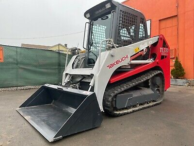 Takeuchi Tl230-2 Series Cab Skid Steer Track Loader With Ac And Heat