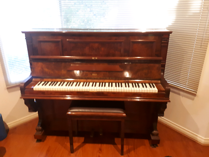 107year old Lubitz antique Piano