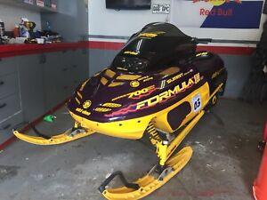 1999 formula 3 ski-doo