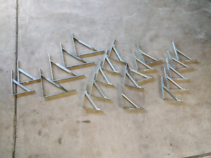 Assorted Stayed Angle Brackets McGraths Hill Hawkesbury Area Preview