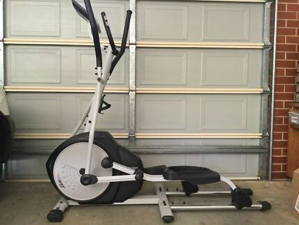 Cross trainer reduced $250 ono