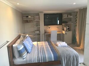 Broadbeach Waters Private Studio FF No BIlls, Wifi inc Surfers Paradise Gold Coast City Preview
