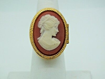 VINTAGE AVON 1970 CAMEO PERFUME GLACE ADJUSTABLE RING