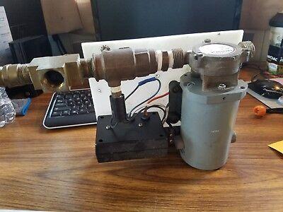 Groco wsc 80  32V Flo-Master Heavy Duty 32 Volt Vane Pump with groco PC 750
