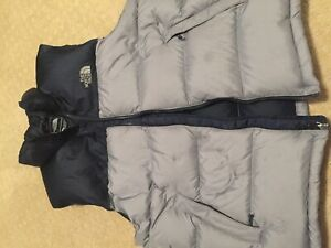 North face vest. Size large, like new