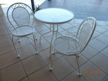 3 piece Outdoor/Patio Setting - Aluminium/white Yamba Clarence Valley Preview