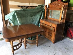 Antique Oak Dining Room Table and Hutch