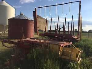 New Holland 1033 Stackliner Bale Wagon for sale