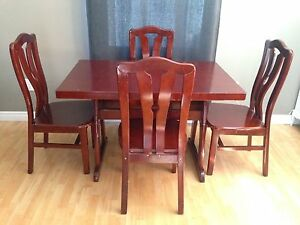 Dinning table and chairs - apartment size