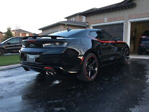 2017 CHEVY CAMARO 2SS Fully Loaded/Nav/HUD/10,300 kms..$45,900