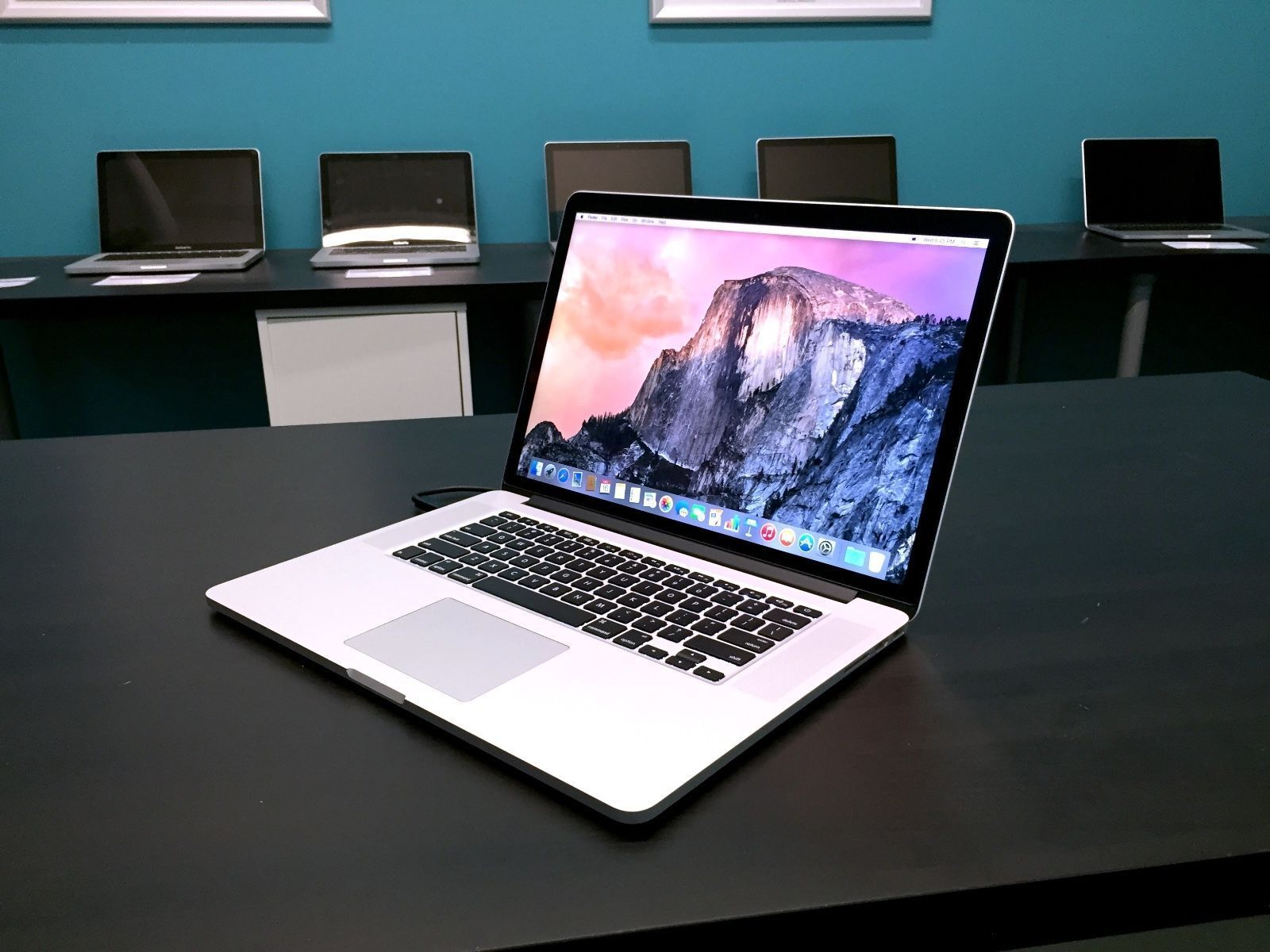 "Macbook Pro - Apple MacBook Pro 15"" Retina OSX-2017 / Core i7 / 1 Year Warranty / 1TB+ Storage"