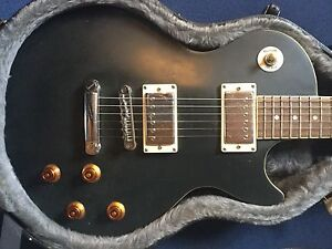 Les Paul guitar and Case DONT MISS OUT