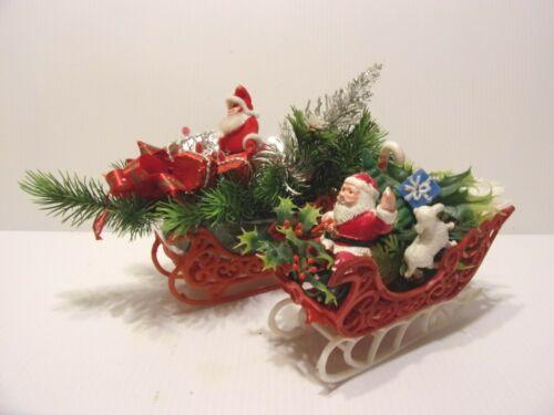 2 VINTAGE CHRISTMAS  SANTA & SLEIGH CENTERPIECE DECORATIONS