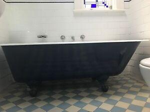 Cast Iron Claw Foot Bath Cremorne North Sydney Area Preview