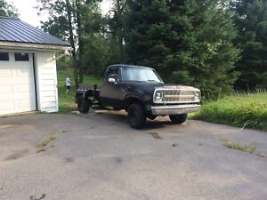 Pickup 4x4 trade for snowmobile