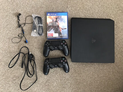 PS4 slim with Battlefield 1 + 2 controllers