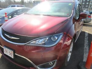 2017 Chrysler Pacifica Touring-L Plus! ALLOY WHEELS! LEATHER INT