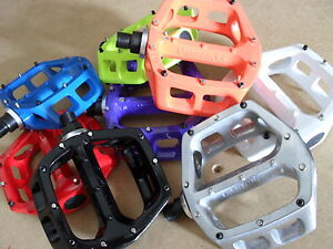 V8-Pedals-8-Colours-DMR-Platform-BMX-Mountain-Bike-Flatland-NEW-Boxed-9-16