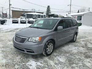 2014 Chrysler Town & Country TOURING CAM STOW N GO 6999$ 514-692