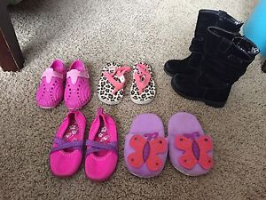 Girls (toddler) shoes size 7/8 lot