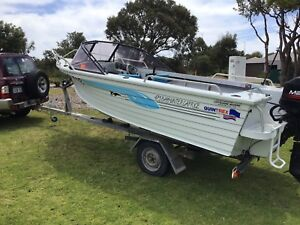 Quintrex 475 Bay hunter only 80 hours from new
