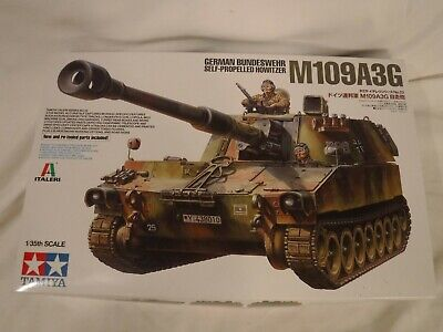 1/35 Tamiya German Bundeswehr Self Propelled Howitzer M109A3G # 22 F/S Bags -