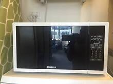 Samsung 34L 1000W microwave - excellent condition Zetland Inner Sydney Preview