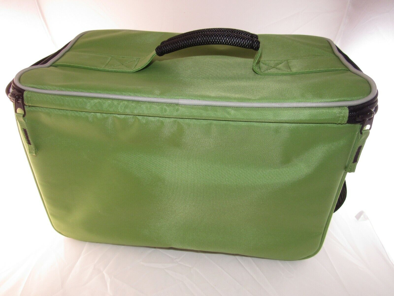 SOREN STITCHED IN STYLE GREEN BOEING TRAVEL BAG - $17.61