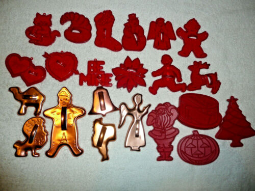 VTG LOT 22 COOKIE CUTTERS RED CLEAR PLASTIC-TUPPERWARE-GOLD TONE ALUMINUM