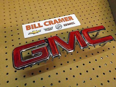 12542030 1988-1991 GMC Pickup OEM Front Grille Emblem Badge Nameplate NEW