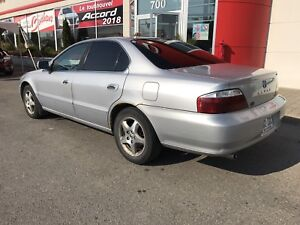 ACURA TL 2002 -- FULL LOAD CUIR TOIT OUVRANT --