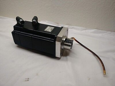 Siemens Brushless Servo Motor 1fk7063-5af71-1th0 Pulled From A Cleanroom Robot