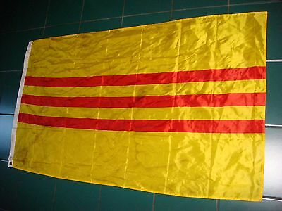 VIETNAM WAR ARVN SOUTH VIETNAMESE ARMY LARGE FLAG *USED*