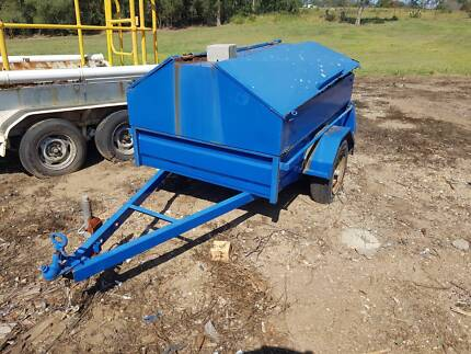 Small trailer with water tank