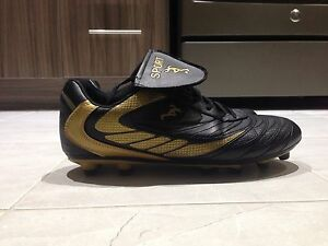 MENS SOCCER CLEATS for sale