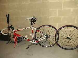 Very good condition road bike Thornlie Gosnells Area Preview