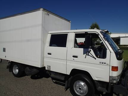 Toyota Dyna Dualcab with tailgate Loader
