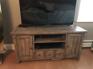 Reclaimed wood TV stand, like new!