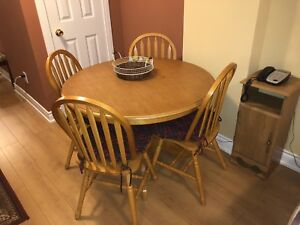 Breakfast table and 4 chairs