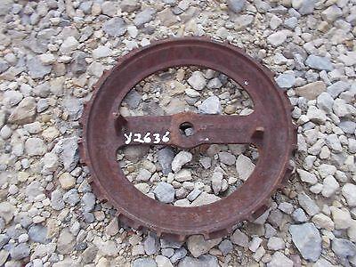 1 Used Y2636 Steel Cast Iron John Deere Planter Bean Seed Plate Y 2636