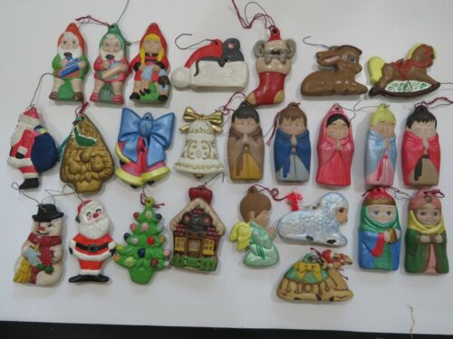 28 Vintage Ceramic Christmas Ornaments Hand Painted Reindeer Bells Lot A3661